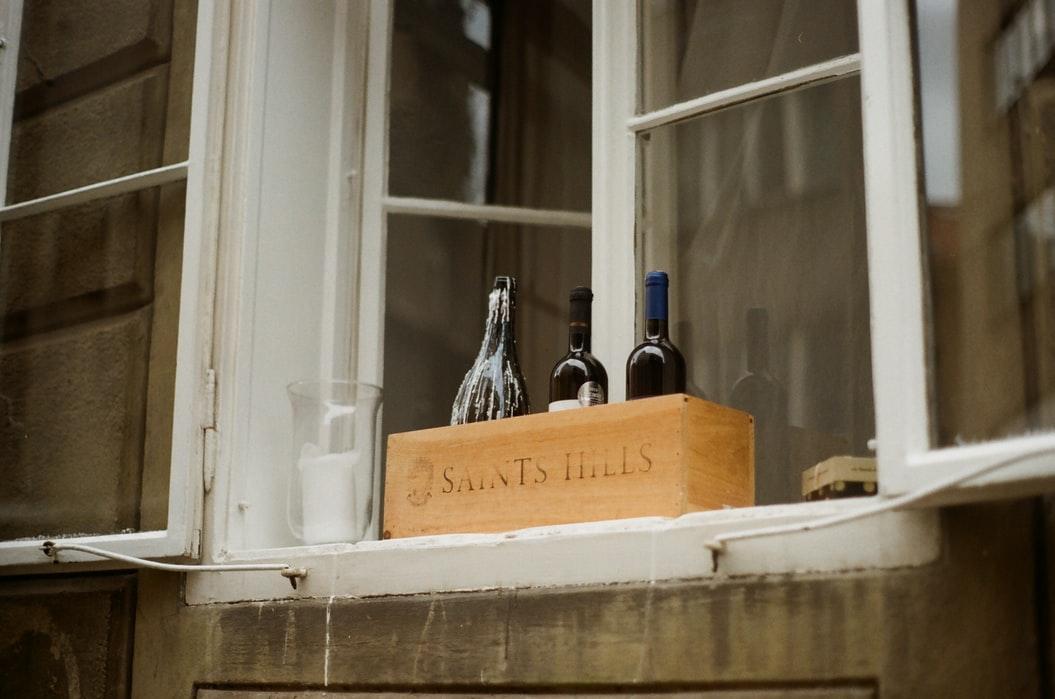 Weinflaschenhalter aus Holz