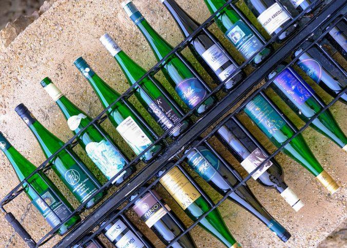 Weinregale aus Metall